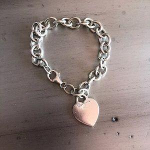 """Tiffany & Co heart link bracelet 8"""""""